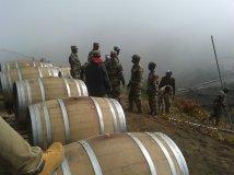 Fogo (Capo Verde), salvataggio delle botti di vino prodotto nella caldera del vulcano - 4/30