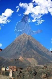 Fogo (Capo Verde), cartelli di sostegno (anche spirituale) alla popolazione disastrata dall'eruzione vulcanica - 14/30
